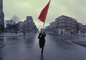 TERRORISMO_Farbtest – Die rote Fahne